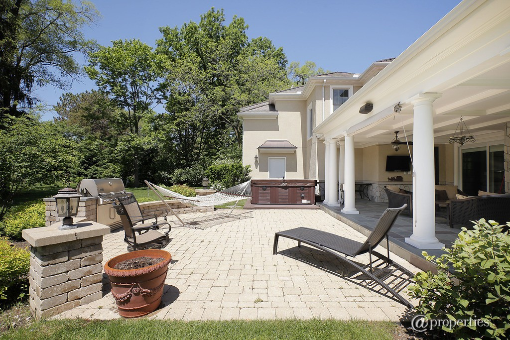 Outdoor spaces with kitchen areas are growing in popularity!