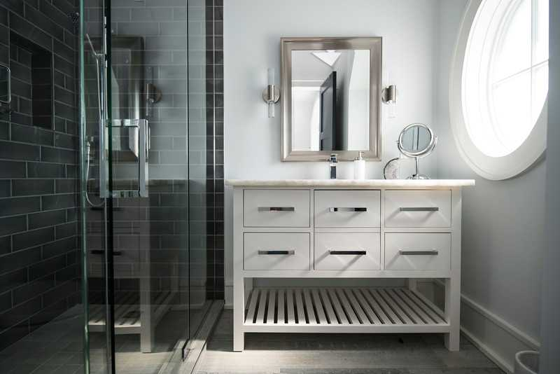 Bathroom Remodeling Mistakes: Bathrooms are one of our most popular requests, and one of the areas homeowners tend to focus on the most. It's easy though, to make mistakes, when it comes to your bathroom by getting caught up in the excitement of design and installation. Make sure you keep your bathroom project on track and avoid future repair costs by taking into account these things.